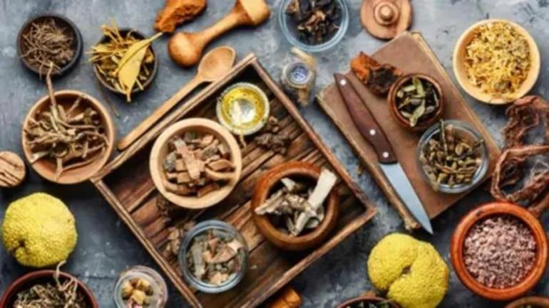 E-Agenda Aaj Tak: Health expert shares 3 ways Ayurveda can boost immunity